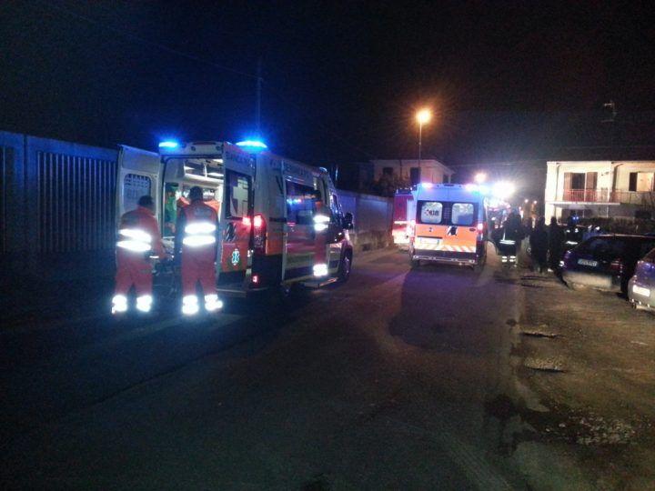 Spaventoso incidente a Licola, tre auto coinvolte. Ci sono feriti