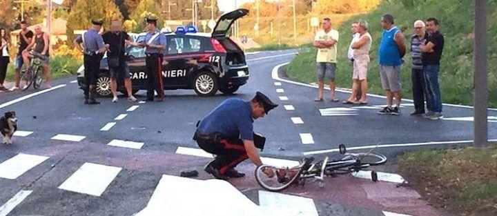 Travolta e uccisa mentre era in bici, in fuga pirata della strada