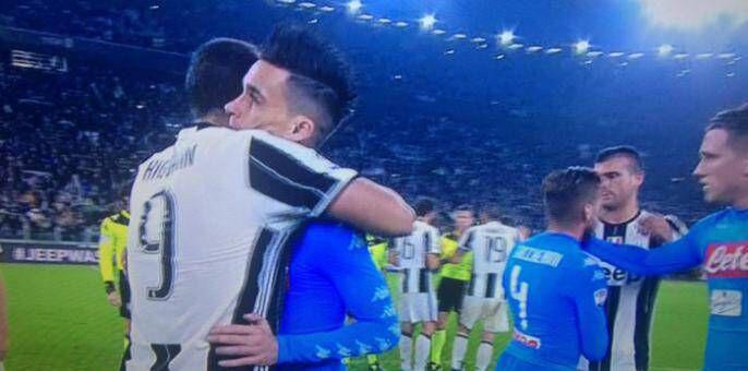 """Callejon bacchetta Higuain: """"I napoletani sono legati solo ai calciatori onesti"""""""