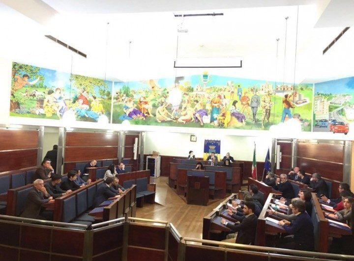 Giugliano, indetto il consiglio comunale per il 28 novembre