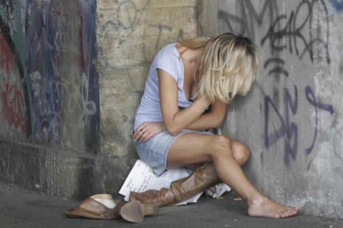 Violenza sessuale in strada a Napoli, arrestato dalla polizia