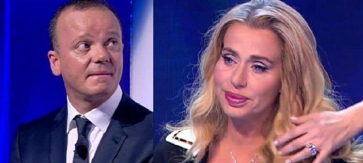 """Gigi D'Alessio e i debiti con Valeria Marini: """"Lei vuole troppi soldi"""". VIDEO"""