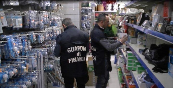 Casoria, maxisequestro da 300mila euro a nota azienda d'elettrodomestici