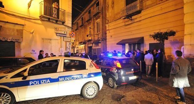 Aversa, rapina a mano armata in via del Seggio. Vittima figlio di ex consigliere comunale