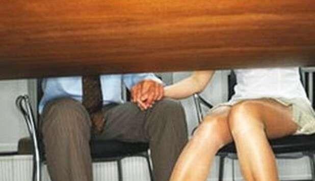 Torino: sesso in cambio di bei voti, arrestato noto professore di Giurisprudenza