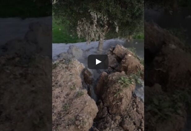 Santa Vittoria in Matenano, video choc: terremoto apre la terra e spunta vulcano. VIDEO