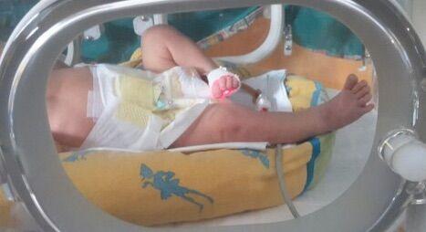 Sapri, caso di meningite: grave neonata di 26 giorni