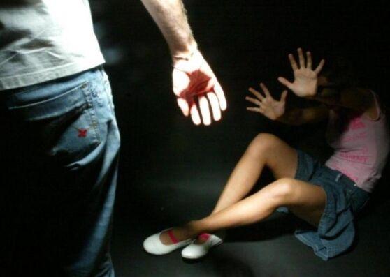 Maddaloni. Porta una minorenne nella baracca per violentarla, arrestato