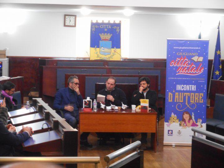 Incontri d'autore alla sala consiliare di Giugliano: il sindaco intervista Menna e Puca