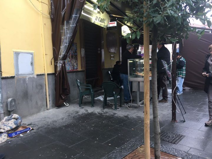 Giugliano, bomba stanotte in piazza Trivio: è racket?