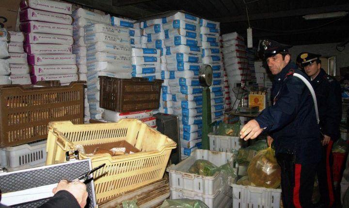 Casavatore-Casandrino. Controlli dei carabinieri, avevano riaperto un forno sequestrato: due denunciati