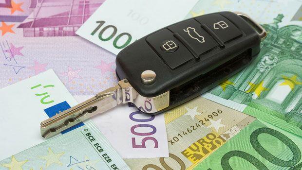 Bollo auto, scatta il rimborso per chi ha pagato con bancomat o carte di credito
