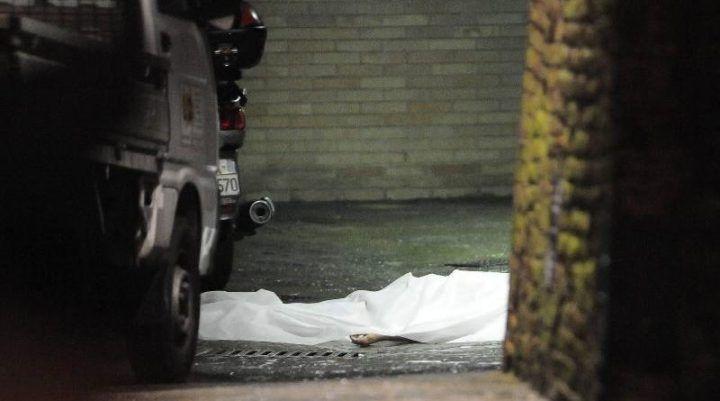 Melito, ritrovato il cadavere di una donna in via Roma. E' giallo