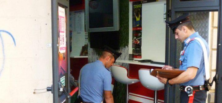 Giugliano, blitz dei Carabinieri in bar e negozio. Supermulta da 40mila euro