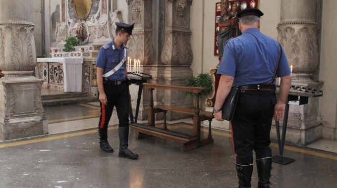 Monteruscello, ladro sorpreso in una chiesa. Arrestato