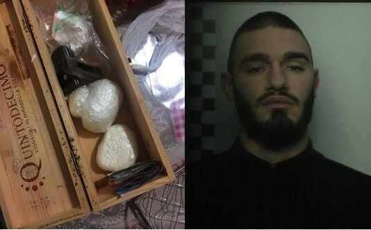 """""""Fornitore ufficiale di cocaina"""" dei locali della 'Napoli bene', arrestato 23enne incensurato"""