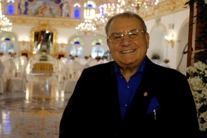 """Don Antonio Polese, funerali con corteo da 3 chilometri. D'Alessio: """"Buon viaggio"""""""