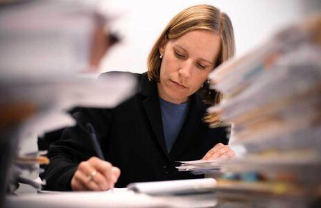 Tracce terza prova: esame avvocato 2016, atto giudiziario civile e amministrativo