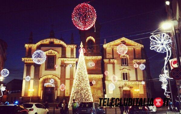 Giugliano, si accende il Natale in città