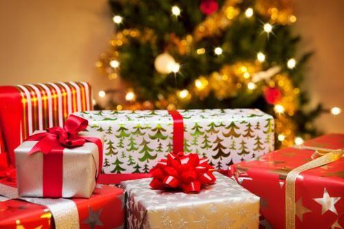 Idee regali per Natale 2016: originali, economici, fai da te, per lui e per lei