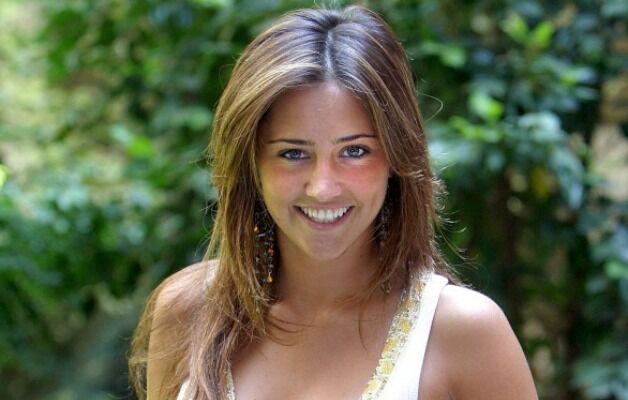Incidente per Ilenia Lazzarin, l'attrice cade sulle piste da sci