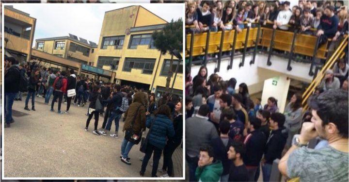 Giugliano, occupato il liceo De Carlo