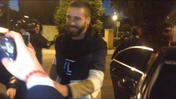 Napoli, Pavoletti appena arrivato a Villa Stuart: iniziano le visite mediche. FOTO