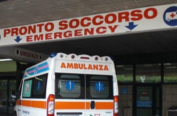 Meningite, ancora un caso a Napoli: 46enne muore prima del ricovero