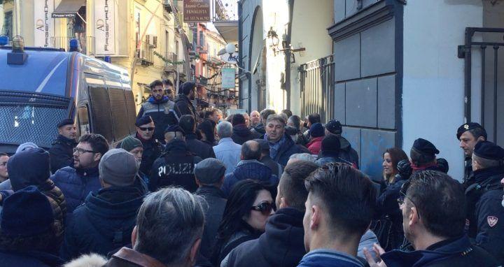 Marano, protesta dei dipendenti dell'area PIP: attesa decisione della Procura