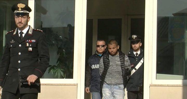 Melito, presa banda di rapinatori: aggredito capitano dei carabinieri