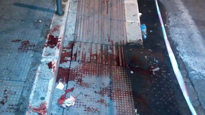 Napoli, tre giovani feriti in due diverse risse