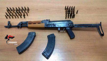 04-01-2017-kalashnikov-e-munizioni