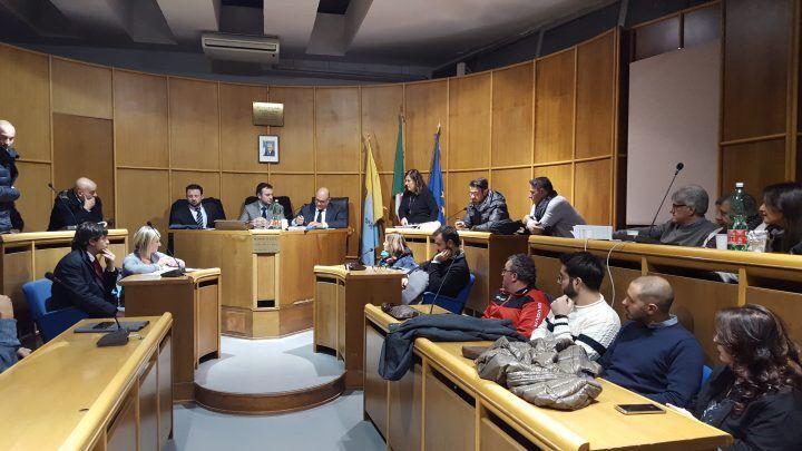 Consiglio comunale a Mugnano, novità per vigili urbani e trasporto collettivo privato