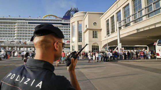 Napoli, allerta terrorismo: arrestato tunisino su nave da crociera