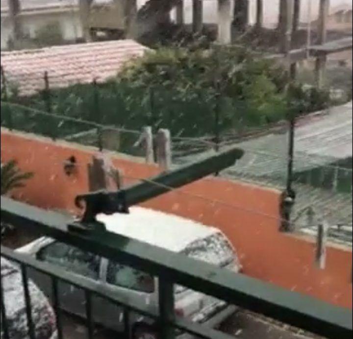 Tragedia Napoli, esplode bombola del gas: un morto e cinque feriti