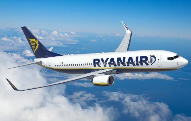 Ryanair, voli Napoli-Barcellona: nuova rotta da 19,99 euro