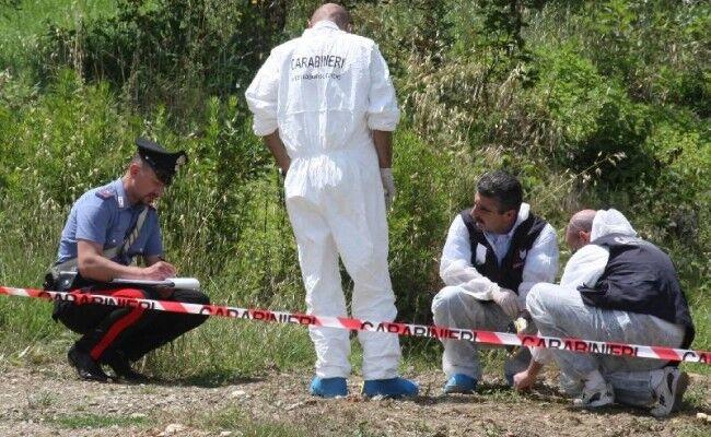 Ritrovato cadavere in una campagna nel Casertano: aveva una ferita alla testa