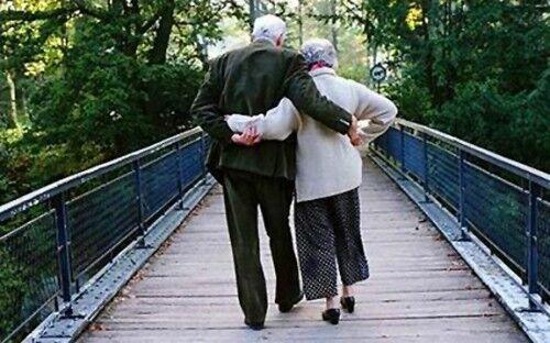 Aversa, marito e moglie muoiono a distanza di 24 ore