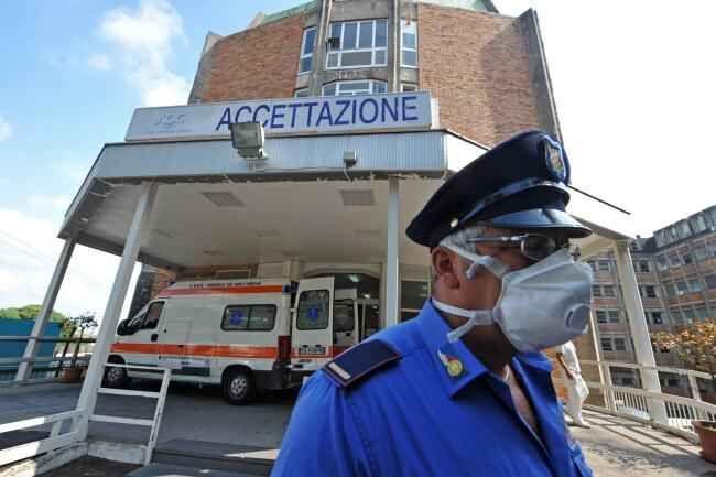 Meningite a Napoli, colpita una bimba di 16 mesi