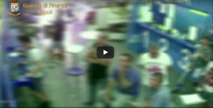 Torre del Greco, scoperto falso cieco: andava a giocare al centro scommesse