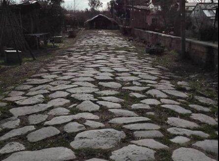 """Giugliano, """"scoperta"""" strada romana di 2mila anni tra Varcaturo e Licola"""
