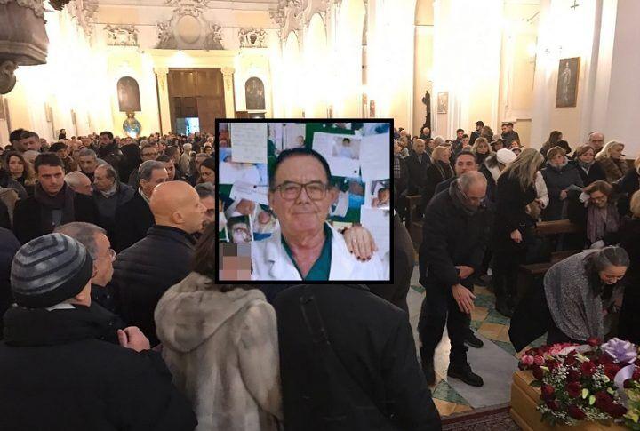 Giugliano, folla commossa saluta il dottor Sabatino Russo