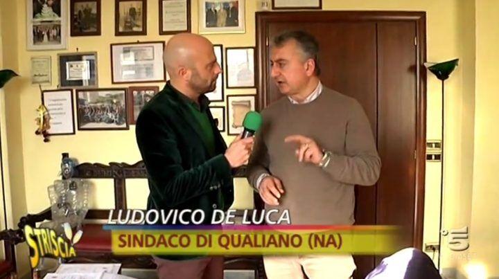 Striscia La Notizia a Qualiano: su Canale 5 il caso della maxi voragine
