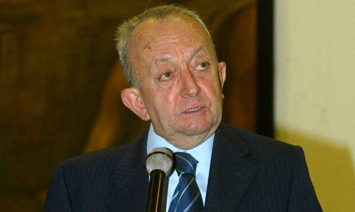 Morto Tullio De Mauro, autore del dizionario italiano. Libri e biografia