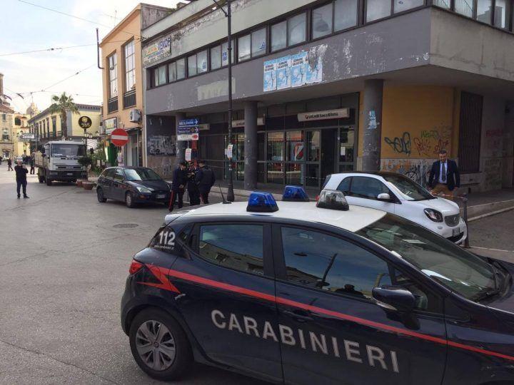 Melito, assalto armato a un partavalori in via Roma