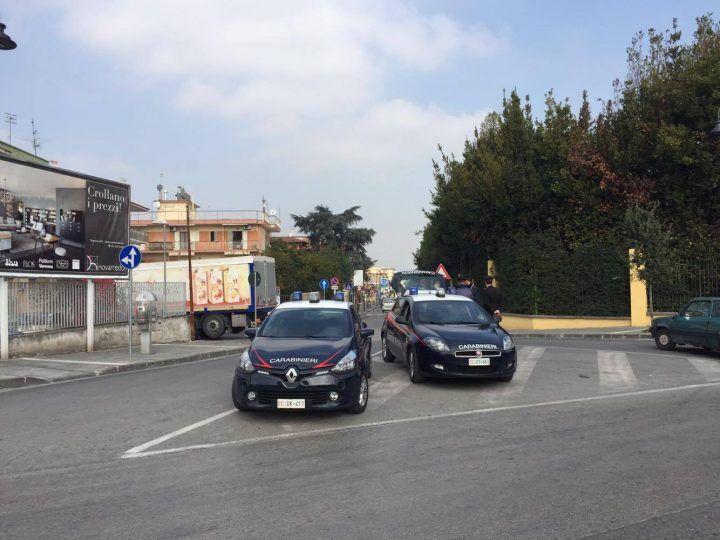 Sant'Antimo, blitz dei Carabinieri. In corso controlli e perquisizioni