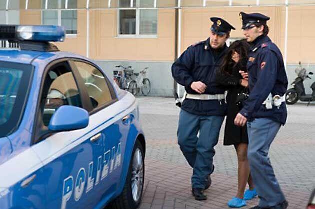 Arresto della polizia di Giugliano 'in trasferta': donna 38enne in carcere