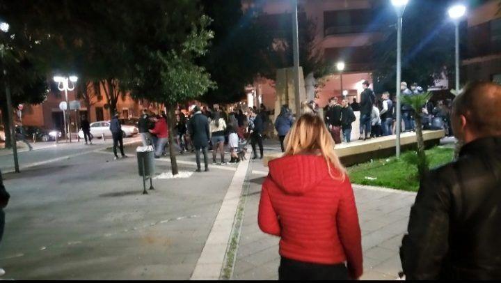 Un'altra domenica di violenza a Giugliano, rissa in centro