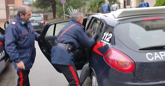 Controlli dei carabinieri tra Qualiano e Sant'Antimo, cinque persone arrestate