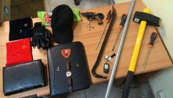 Aversa, 5 ragazzi albanesi tentano la fuga: trovati in possesso di materiale utile al furto di veicoli